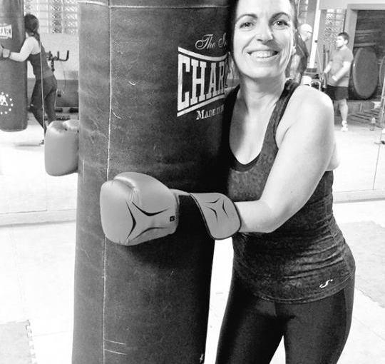 Tu primer golpe con mis guantes de boxeo, con el que casi hiciste unKO